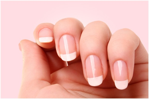 6 Smart Ways to Get Stronger & Healthier Nails