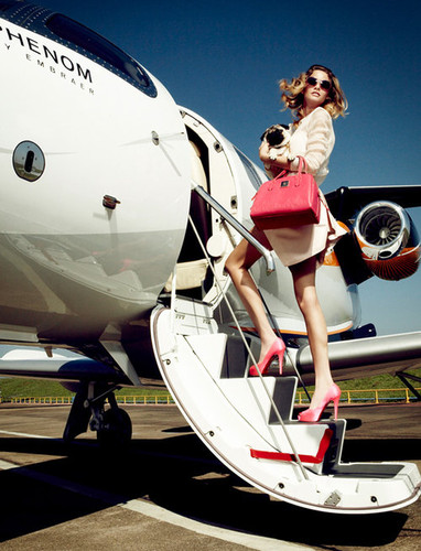 FASHION GUIDE TO THE AIRPORT