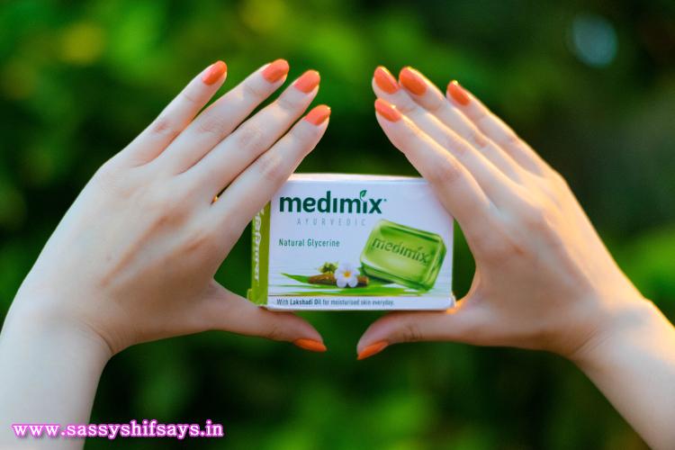 Medimix Ayurvedic Natural Glycerine Soap (2)
